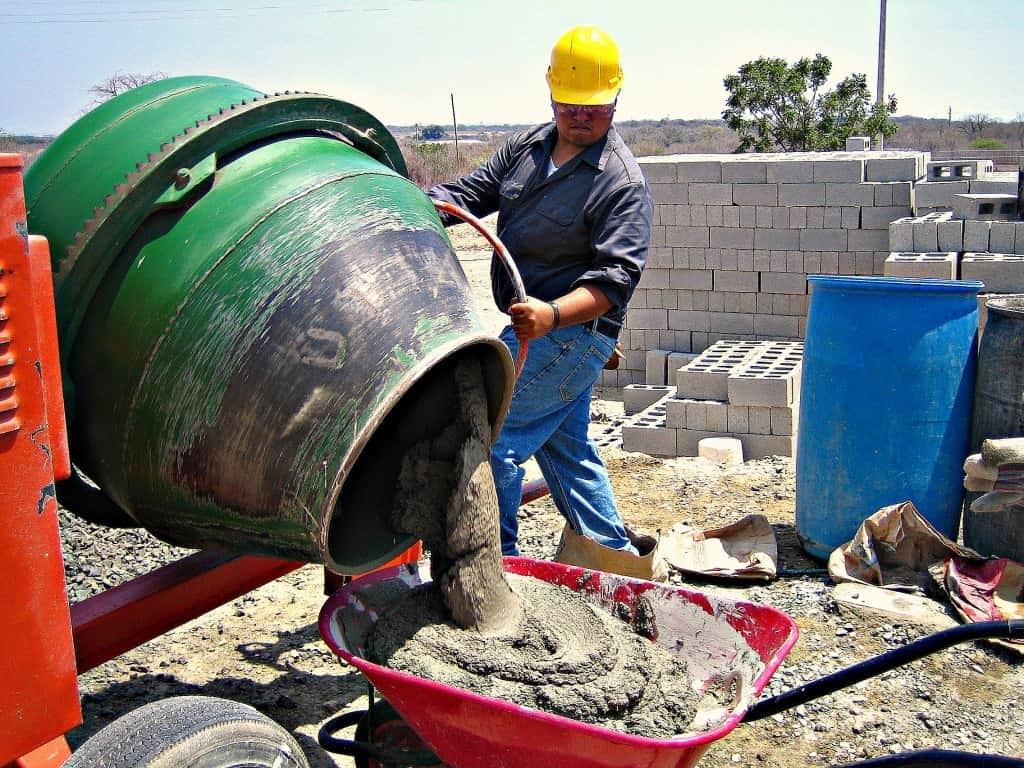 Растворы строительные на цементном вяжущем заливка бетоном бассейна