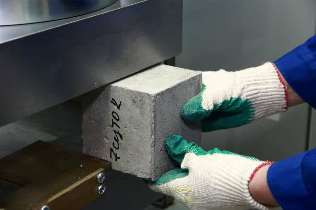 Определение качества бетона дом из монолитного керамзитобетона