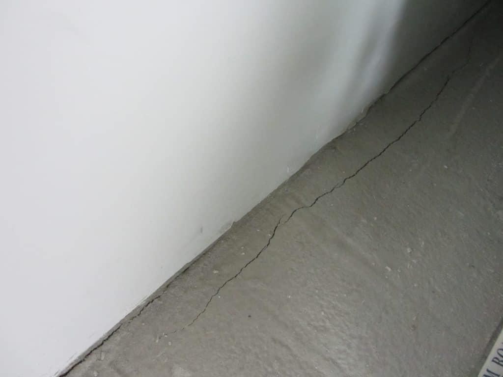 Проверка усадки бетона как очистить окна от цементного раствора