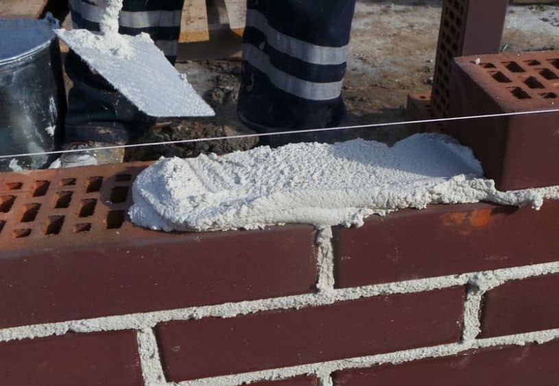 Раствор строительный цементный для кладки кирпично бетона